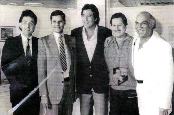 Rishi Kapoor, Vinod Khanna, Anupam Kher and Yash Chopra