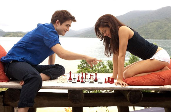 A scene from Twilight Saga: Breaking Dawn-1