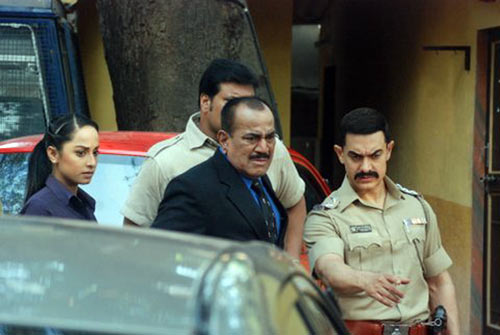 Ansha Sayed, Shivaji Satam, Dayanand Shetty, Aamir Khan