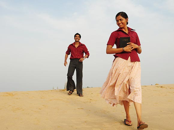 A scene from Neer Paravi