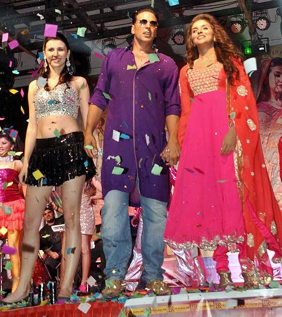 Claudia Ciesla, Akshay Kumar and Asin