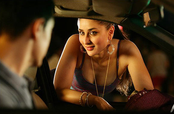 Aamir Khan and Kareena Kapoor in Talaash