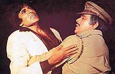 Amitabh Bachchan and Dilip Kumar in Shakti