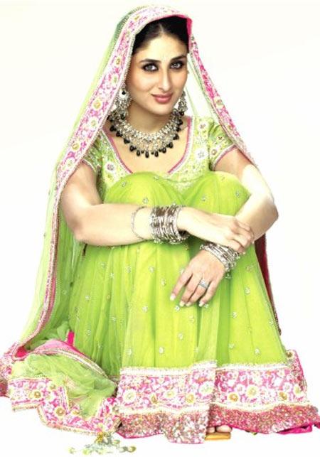 Kareena Kapoor in Chup Chup Ke