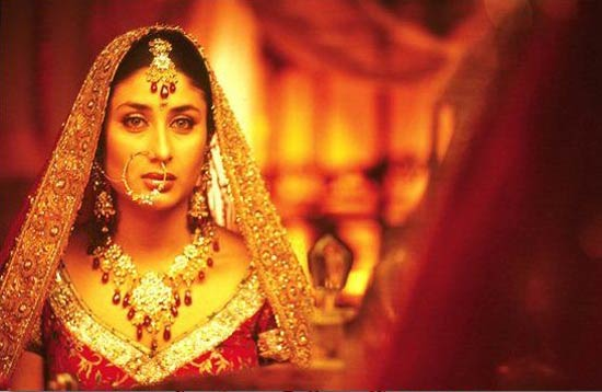 Kareena Kapoor in Dosti