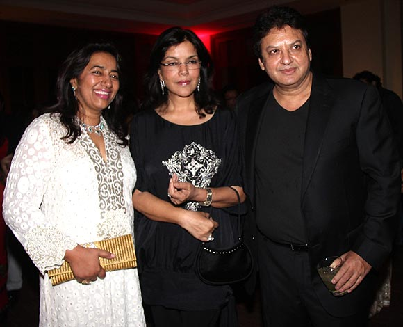 Anu and Shahi Ranjan with Zeenat Aman