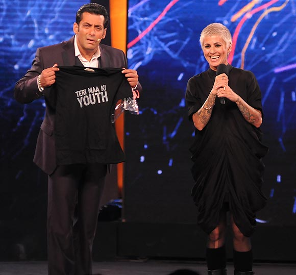 Sapna Bhavnani with Salman Khan