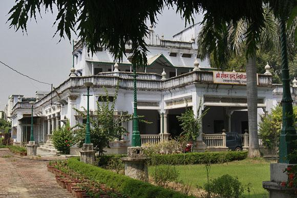 Amitabh Bachchan's house in Allahabad