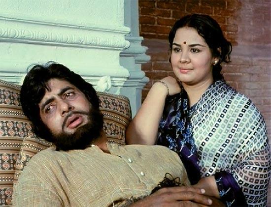 Amitabh Bachchan and Farida Jalal in Aalap