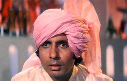 Amitabh Bachchan in Namak Halaal