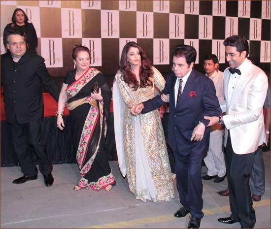 Sandeep Khosla, Saira Banu, Aishwarya Rai, Dilip Kumar and Abhishek Bachchan
