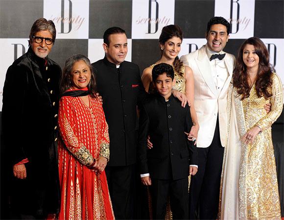 Jaya, Amitabh, Shweta, Agastya, Nikhil Nanda, Abhishek and Aishwarya Rai Bachchan