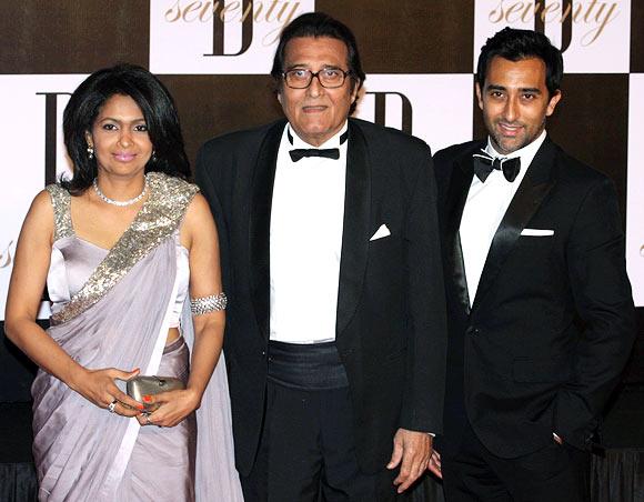 Vinod, Kavita and Rahul Khanna
