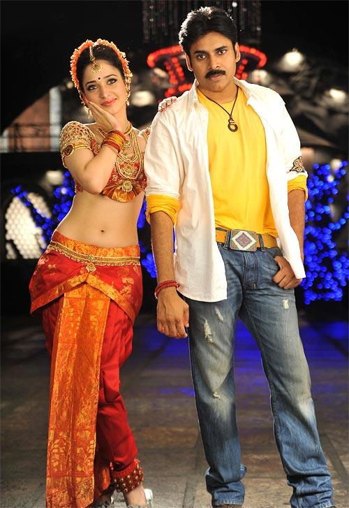 Tamannaah Bhatia and Pawan Kalyan in Cameraman Gangatho Rambabu