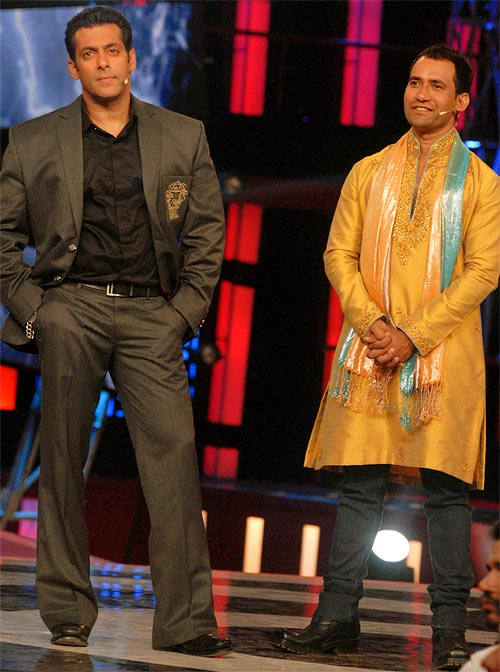 Salman Khan and Dinesh Lal Yadav