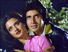 Rekha and Amitabh Bachchan in Silsila