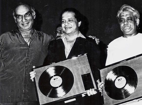 Yash Chopra along with Laximkant  Kudalkar and  Pyarelal Sharma