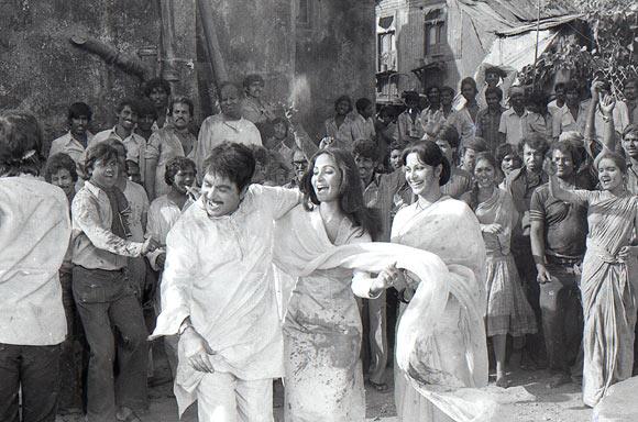 Dilip Kumar, Rati Agnihotri and Waheeda Rahman
