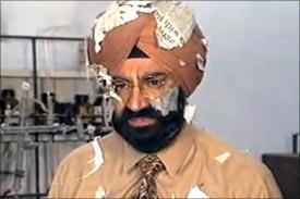 Jaspal Bhatti in Flop Show