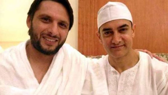 Shahid Afridi and Aamir Khan