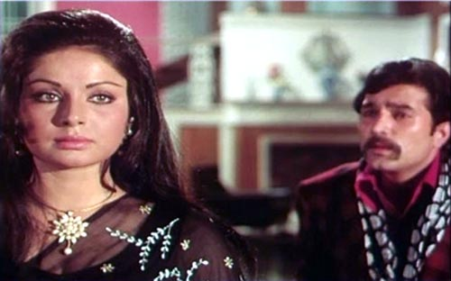 Raakhee and Rajesh Khanna in Daag