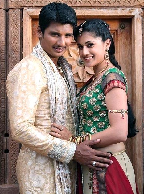 Jiva and Taapsee in Vanthaan Vendraan