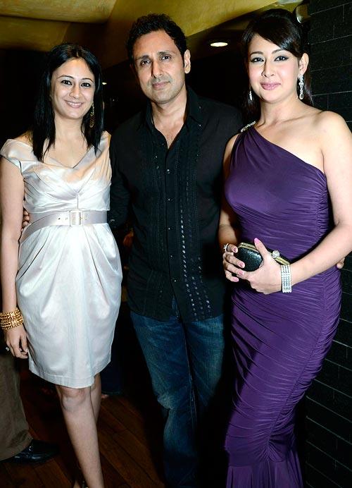 Nitya Satyani with Parveen Dabbas and Preeti Jhanghiani
