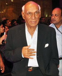 Yash Chopra at the English Vinglish premiere