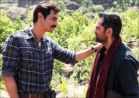 Arjun Rampal and Abhay Deol in Chakravyuh