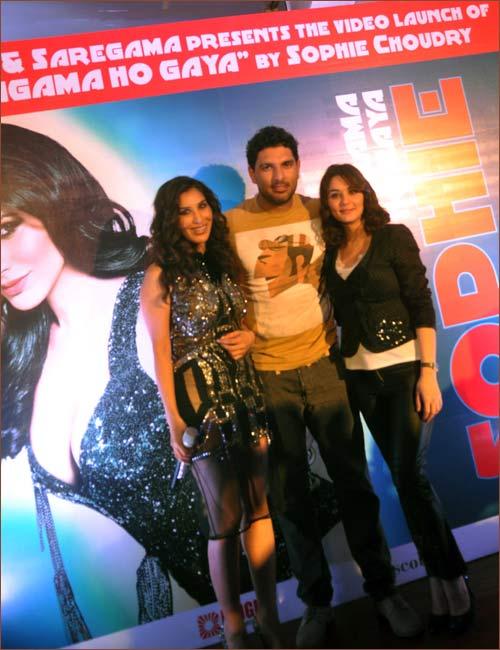 Sophie Choudhry, Yuvraj Singh and Preity Zinta