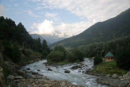 A scenic view of Pahalgam