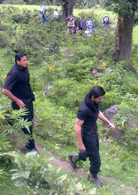 Shah Rukh Khan shoots in Kashmir