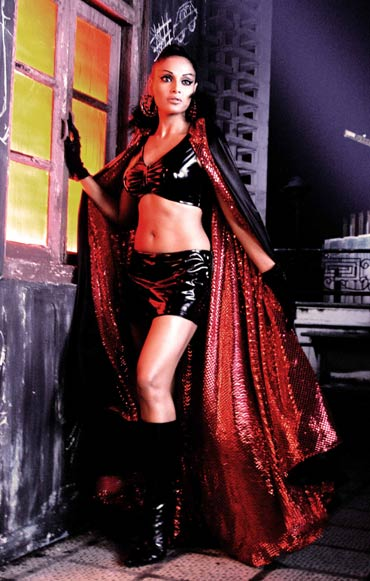 Bipasha Basu in Pankh