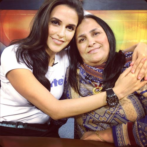 Neha Dhupia with mother Manpinder