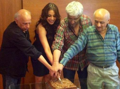 Mahesh Bhatt, Bipasha Basu,Vikram Bhatt and Mukesh Bhatt