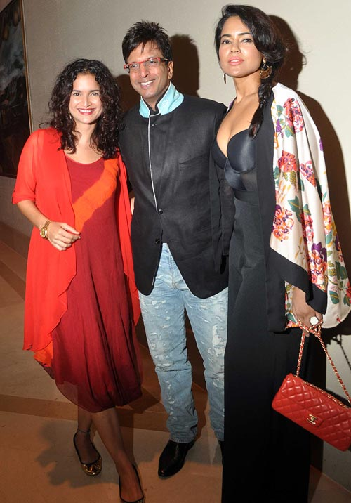 Sushma Reddy, Javed Jaffrey and Sameera Reddy