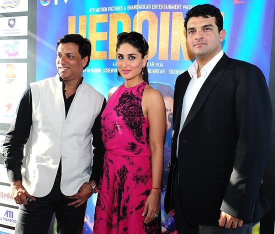 Kareena Kapoor with Madhur Bhandarkar and Siddharth Roy Kapoor