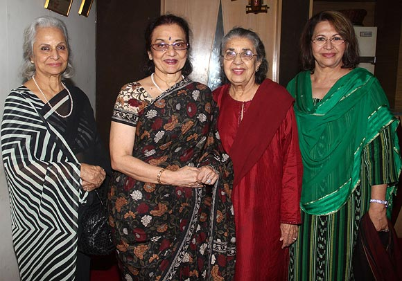 Waheeda Rahman, Asha Parekh, Shammi Aunty and Helen