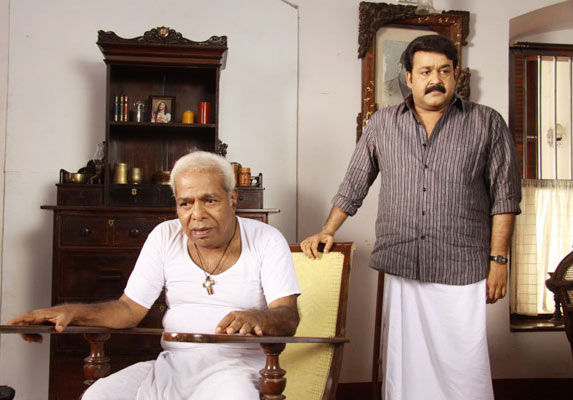Mohanlal and Thilakan in Ividam Swargamanu