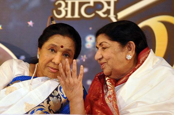 Asha Bhosle and Lata Mangeshkar