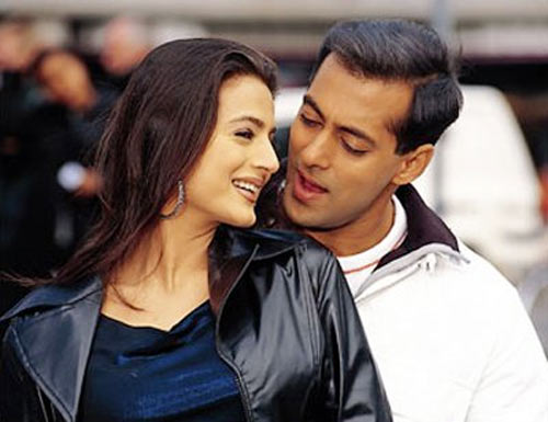 Salman Khan and Ameesha Patel in Yeh Hai Jalwa