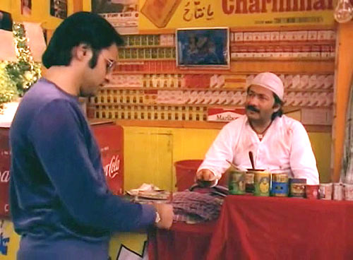 Saeed Jaffrey with Farookh Shaikh in Chashme Buddoor