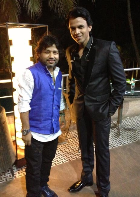 Kailash Kher and Abhijeet Sawant