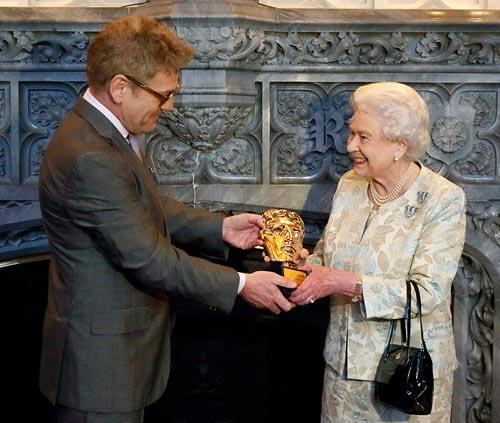 Kenneth Branagh and Queen Elizabeth II