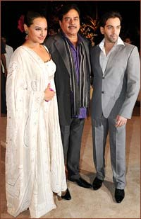 Sonakshi Sinha with father Shatrughan and brother Luv