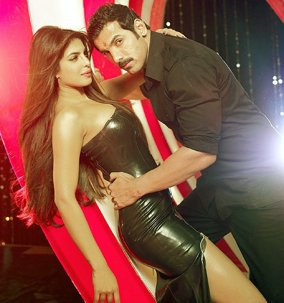 Priyanka Chopra and John Abraham in Shootout At Wadala