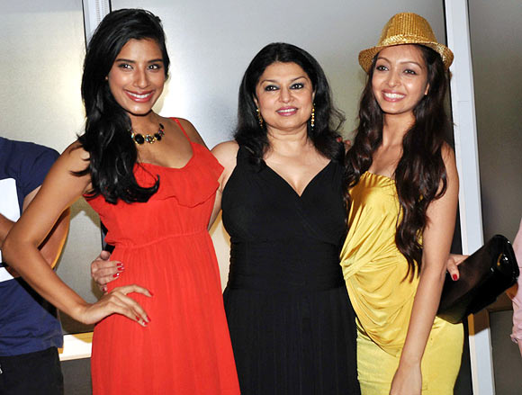 Kiran Juneja with Gaelyn Mendonca and Pooja Salvi