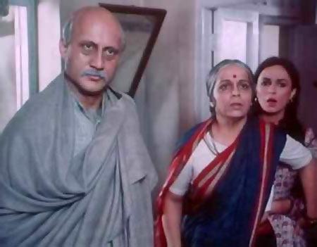 Anupam Kher, Rohini Hattangady and Soni Razdan in Saraansh