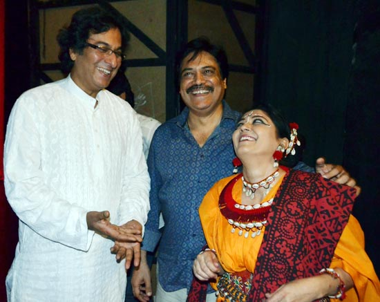 Talat Aziz and Lubna Saleem