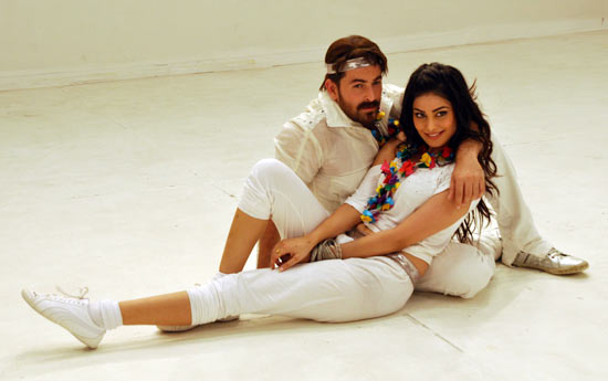 Neil Nitin Mukesh and Puja Gupta